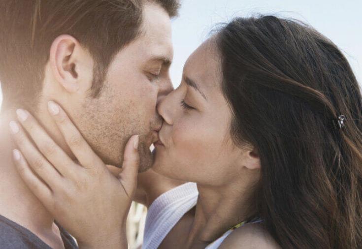 seks-chat-sayti-znakomstv-dlya-obmena-polovimi-partnerami-modeli-mira-foto