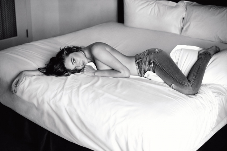 8 вещей, которые не стоит делать в постели