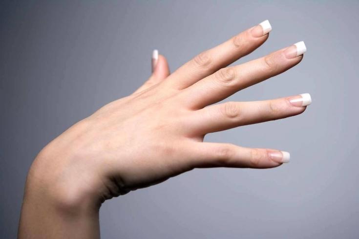 Акриловая пудра для ногтей: плюсы и минусы маникюра