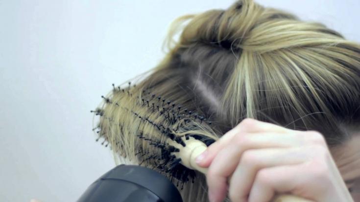 Брашинг волос: укладка на все 100