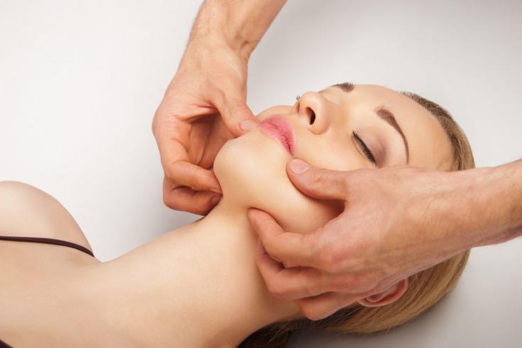 Техника массажа лица и щек через ротовую полость с видео выполнение самостоятельно в домашних условиях