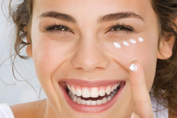 Эффективное нанесение крема на лицо: как заставить средство работать