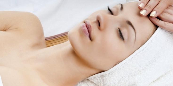 Эффекты массажных техник и воздействия дерматокосмецевтики в уходе за кожей лица