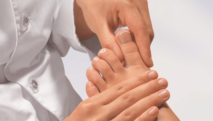 Грибок ногтей: как лечить и предупредить заболевание
