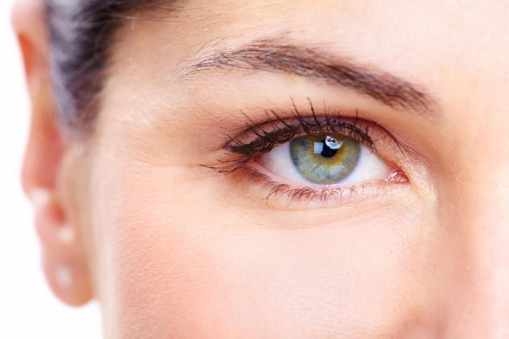 Индивидуальный подход к выбору методов коррекции признаков старения зоны вокруг глаз