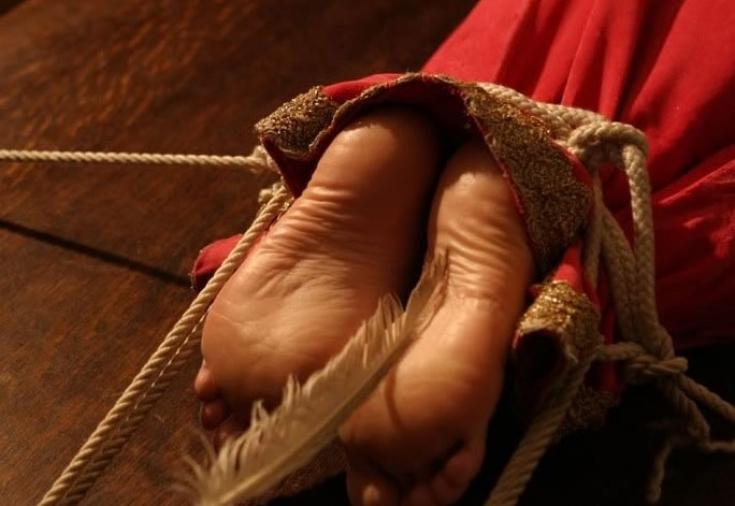 Видео про сексуальную щекотку