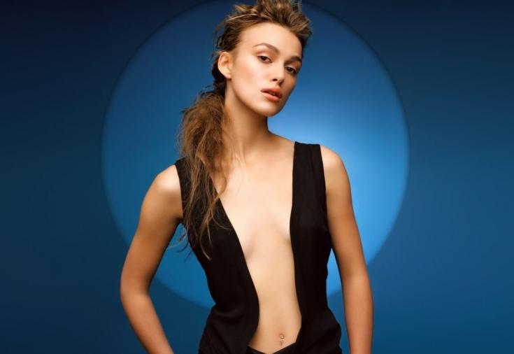 Красивое женское тело с большим бюстом