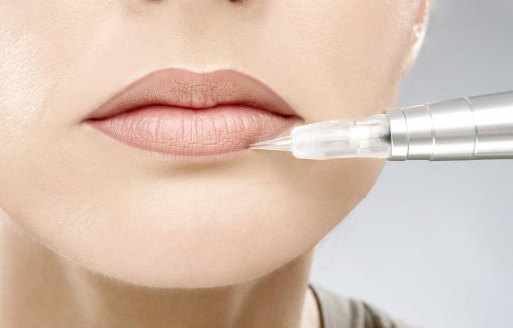 Коррекция татуажа губ: особенности и нюансы процедуры
