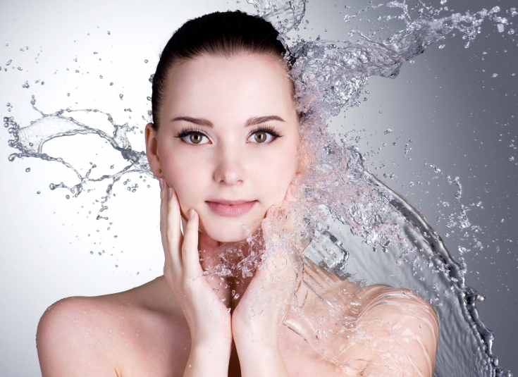 Мицеллярная вода для кожи: что это и кому нужно использовать
