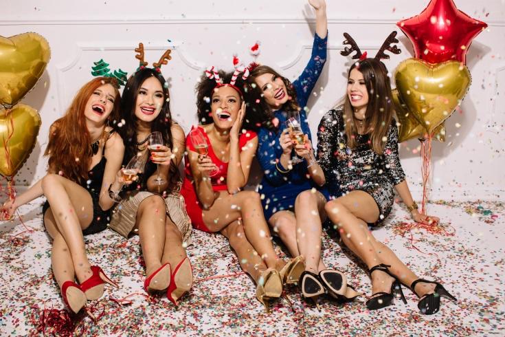 Наряд на Новый Год: какую одежду выбрать