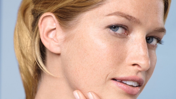 Неприятности очень сухой кожи лица: как помочь пациенту