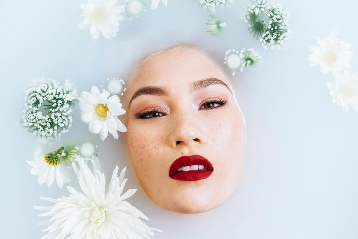 Парафинотерапия: использование метода в косметологии