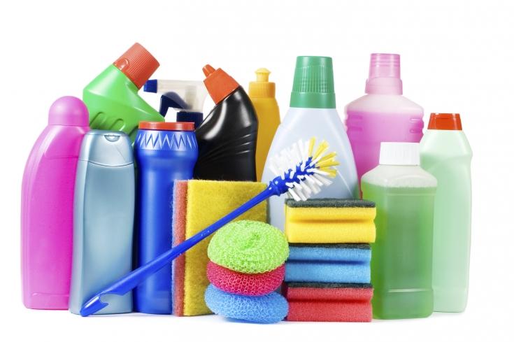 Применение моющих средств для посуды: их вред