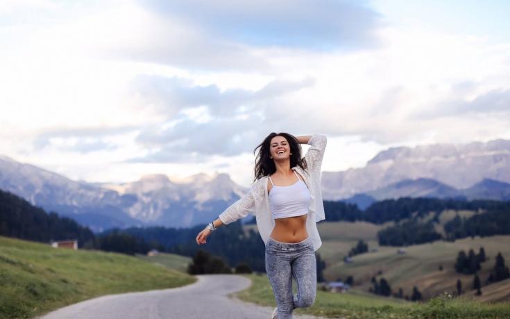 Психология разных стран: как манера одеваться зависит от индекса счастья