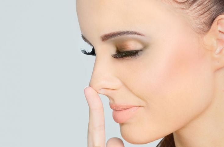Успешная коррекция формы носа инъекциями: выбираем подходящий филлер