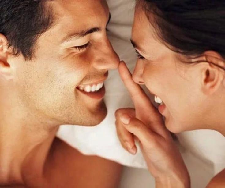 гамова фото поцелуй носами тропинки сходятся, сливаются