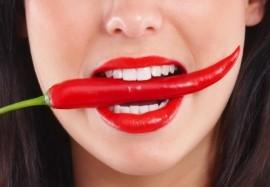 4 болезни, которые угрожают губам зимой