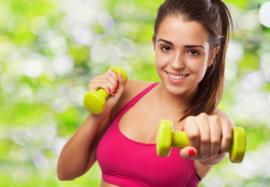 5 простых упражнений, которые помогут убрать дряблость рук