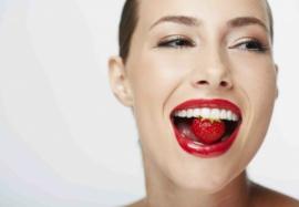 8 заблуждений о здоровье зубов – лечить ли кариес и насколько опасен сахар