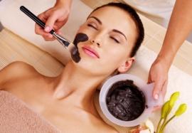 Активированный уголь для кожи: 7 рецептов для красоты