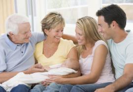 Должны ли дети родителям: как строить отношения