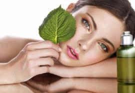 Как использовать масла для красоты: 5 недорогих средств