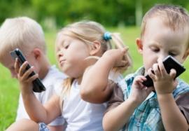 Как отучить ребенка от гаджетов  — советы родителям