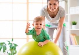 Как предотвратить проблемы с позвоночником у ребенка