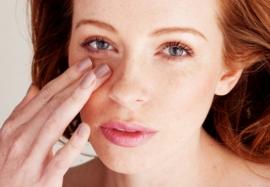 Как убрать темные круги под глазами: косметологические и домашние способы