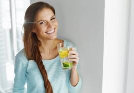 Как вывести лишнюю воду из организма и не допускать ее накапливания