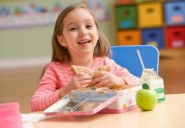 Какие продукты для работы мозга помогут школьникам лучше учиться