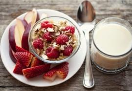 Каким должен быть завтрак для похудения: советы диетологов