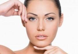 Коррекция средних и глубоких морщин с препаратом Juvéderm® Ultra 3: особенности и преимущества процедуры