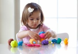 Лепка из пластилина: чем полезно это занятие для детей