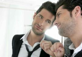 Нарциссизм у мужчин: 6 признаков самовлюбленного эгоиста