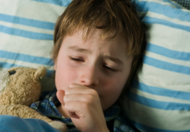 Ночной кашель у ребенка без температуры: о чем это говорит и как лечить