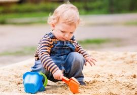 Опасности для Вашего ребенка: детская песочница