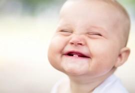 Основные признаки прорезывания зубов у малыша