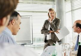 Отношения с коллегами: почему не любят на работе и как это преодолеть