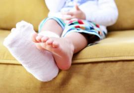 Переломы костей у детей: оказываем первую помощь