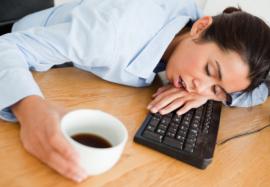 Почему днем хочется спать и как с этим бороться