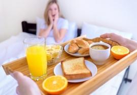 Правильные завтраки на каждый день: 4 варианта для разных случаев