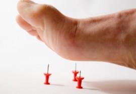 Покалывание в руках и ногах: причины появления «иголок» в теле