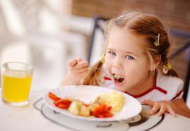 Рацион школьника: как правильно организовать питание