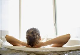 Сидячие ванночки: кому показаны, и как их правильно принимать
