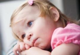Синяки под глазами у ребёнка: возможные причины проблемы