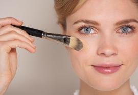 Тон не в тон: ошибки макияжа, которые мы допускаем