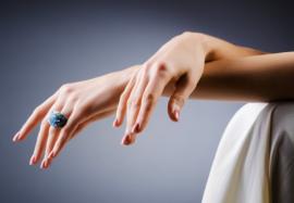 Упражнения для пальцев: 5 движений, сохраняющие их красоту и гибкость