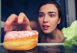 Вредно ли есть на ночь  — разоблачение популярного  мифа о питании
