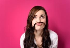 Женские «усики»: как убрать пигментацию кожи над верхней губой